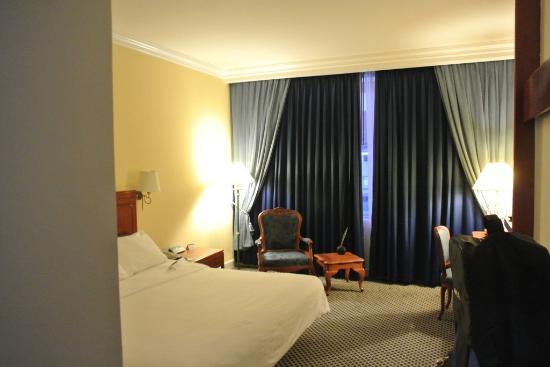 โรงแรมตวันนา: 広いシングルの部屋です。