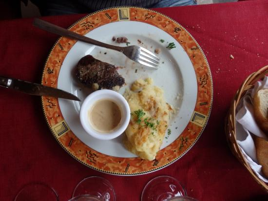 Pièce de boeuf Salers sauce bleu d'auvergne et truffade