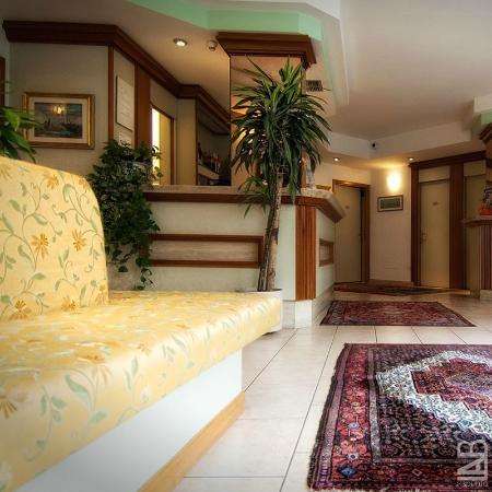 Garni Villa Fontana: www.villafontana3s.com #hotel #villafontana #trento