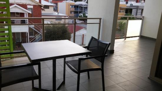 Perfect Baileys Serviced Apartments: The Spacious Balcony