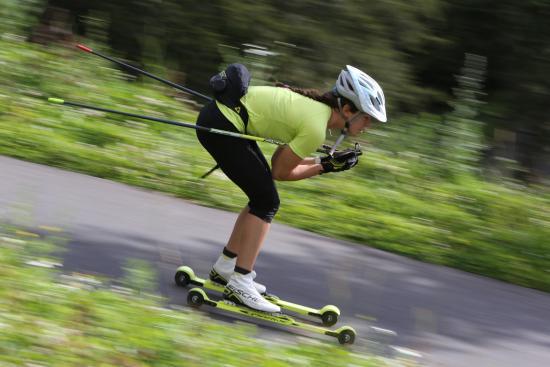 Initiation au biathlon sur le site ski roues de corren on - Office du tourisme correncon en vercors ...