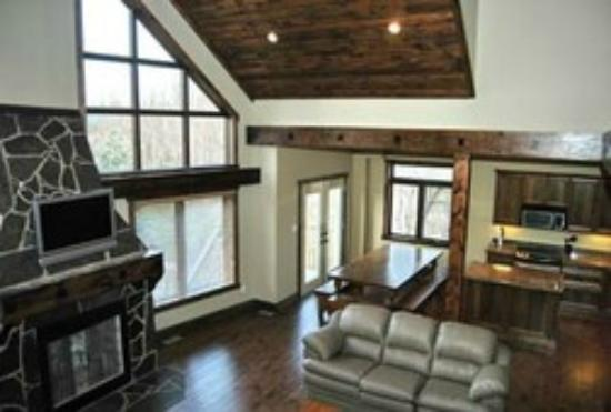 The Lodges at Blue Mountain: Living area