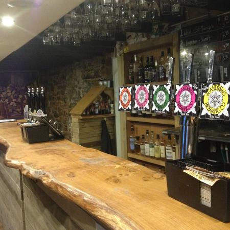 St Andrews Brewing Co.: Bar