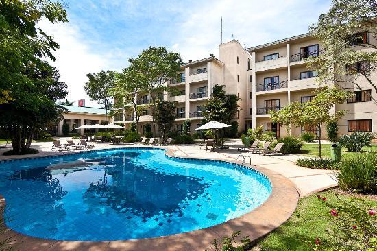 Hotel Panamby Guarulhos: Piscina