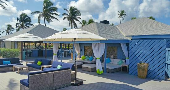 Nisbet Plantation Beach Club: Sea Breeze Beach Bar