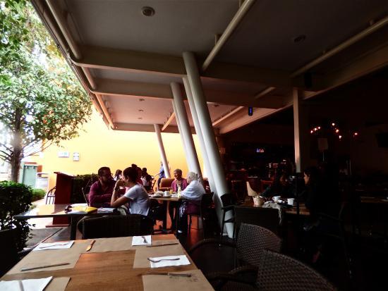Terraza Abierta Fotografía De Con Sabor A Café Irapuato