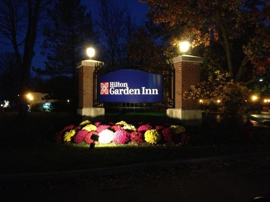 Hilton garden inn pittsford front sign picture of Hilton garden inn rochester pittsford