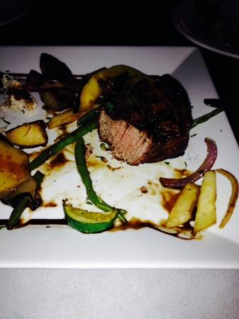 Montmartre Restaurant: filet mignon