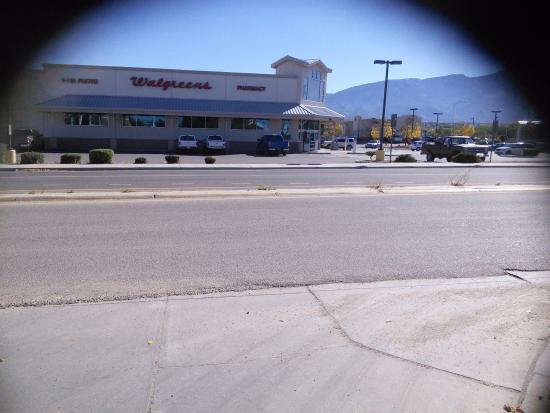 Days Inn by Wyndham Bernalillo : Wal greens across from. Days inn. Bernalillo NM