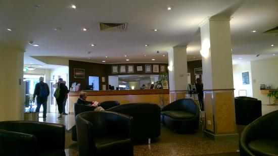 Comfort Inn & Suites Goodearth Perth: Recepcja w Hotelu...