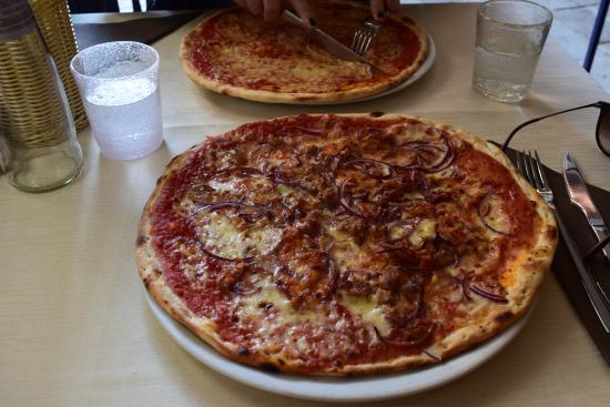 Ristorante San Provolo: Pizza Tonno
