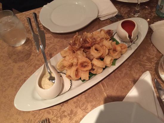 Mangiamo: Seafood spaghetti + fried seafood (calamari,shrimp..)