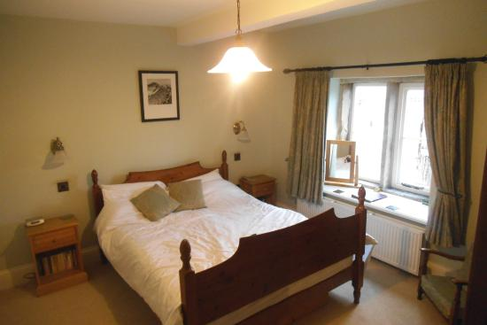 Rushop Hall: Needham Room
