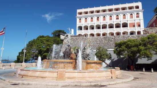 Paseo De La Princesa Fountains Picture Of Charlie S Custom Day Tours Puerto Rico San Juan Tripadvisor