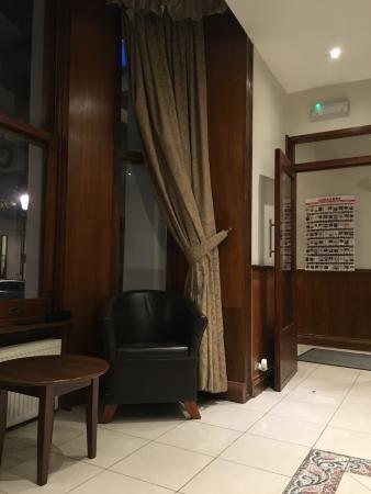 Westbury Hotel Kensington : photo1.jpg
