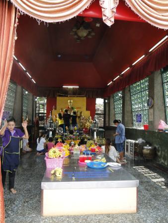 Phra Prang Sam Yot - Photo de Phra Prang Sam Yot, Lop Buri - TripAdvisor