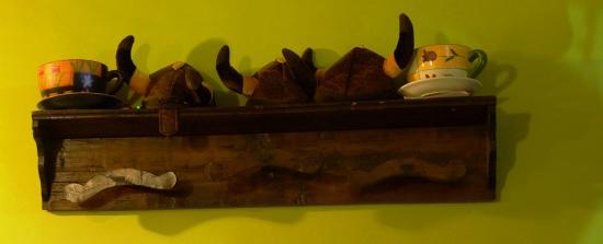"""La Cantina dell'Arrosticino: aiuto i Cornuti.............. """"Vikinghi"""""""