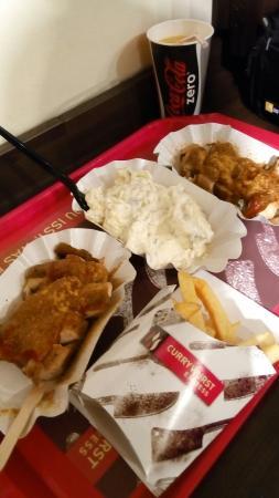 Currywurst am Savignyplatz