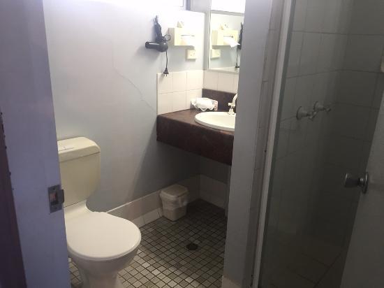 Albert Court Motel: Bad