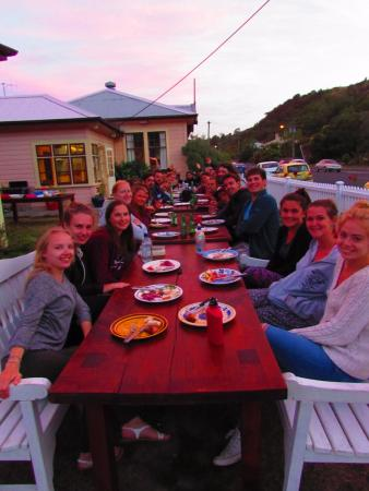 Albatross Backpacker Inn: Weekly BBQ