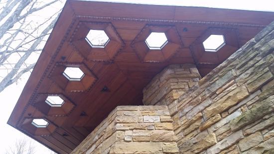 Chalk Hill, PA: Porch