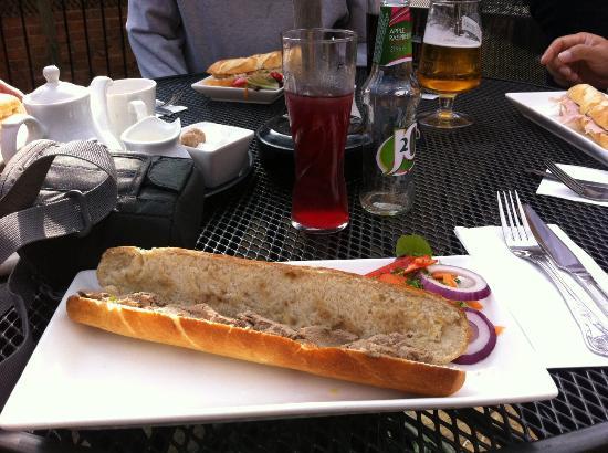Star & Eagle Restaurant: Chicken Liver Pate Sandwich