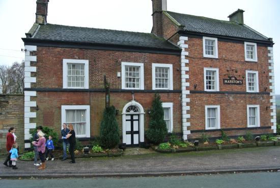 Longnor, UK: Crewe and Harpur Arms