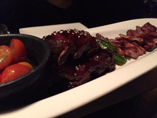 Dinner Bar & Restaurant: Starters - Pork Ribs and BBQ Park