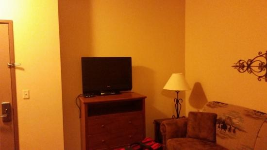 AmericInn Hotel & Suites Fargo South — 45th Street: Television Stand