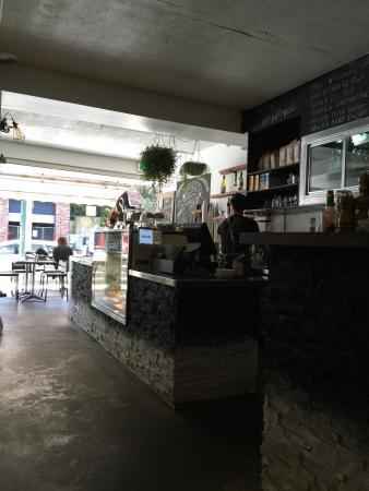 Wahwah Lounge