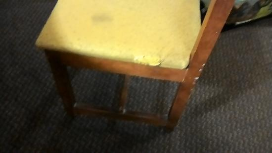 Super 8 Dania Fort Lauderdale Airport Port Everglades Old Broken Chair
