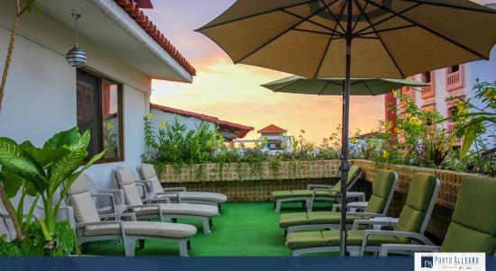 Hotel Porto Allegro: Terraza