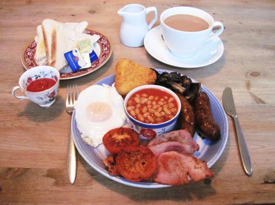 Brackley, UK: My Full English Breakfast was amazing in every way (06/Nov/15).