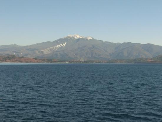 Akita Komagatake: 駒ヶ岳がそびえています