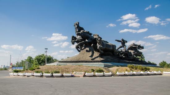 Monument Tachanka