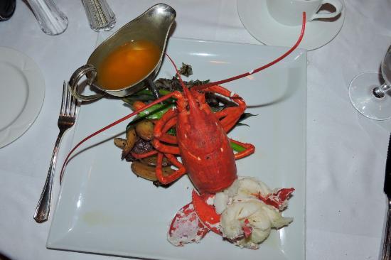 Windjammer: Beautiful lobster -- appetizer and dessert even better