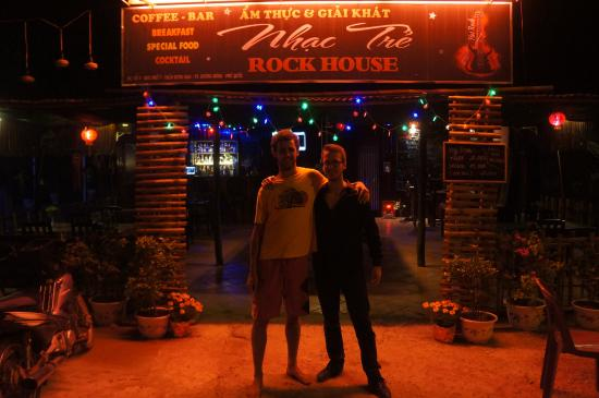 Rock House ( Bar & Restaurant )