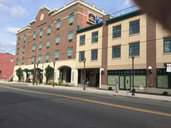 The Carbondale Grand Hotel Conference Center Front Of On Main Street