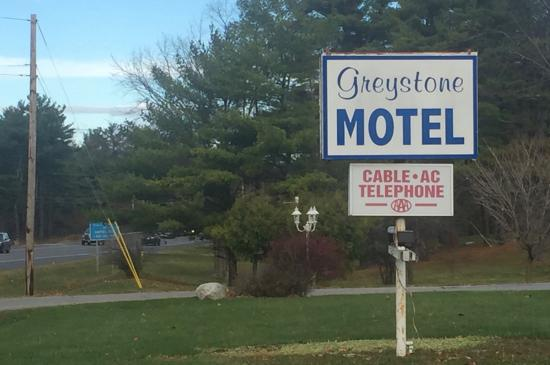 Middlebury Sweets Motel: Highway Sign