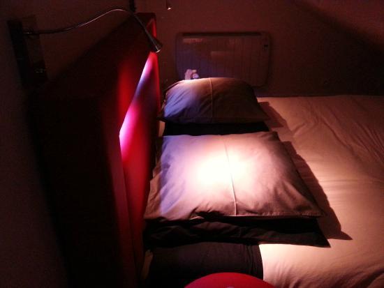 Lyzen : Confort du grand lit rond de la chambre Zen