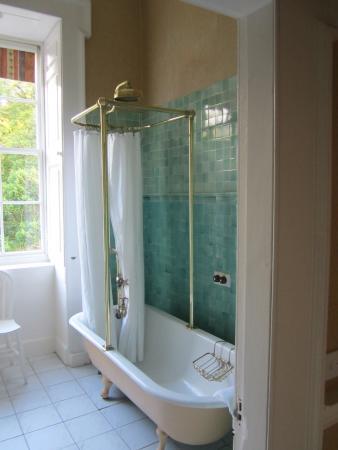 Riverstown, İrlanda: Clawfoot bathtub in beautiful bathroom