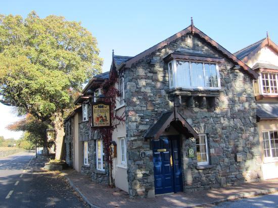 Beaufort Lodge: Beaufort town a short walk away