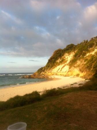Lorhiti Apartments: Ned's Beach Sunset