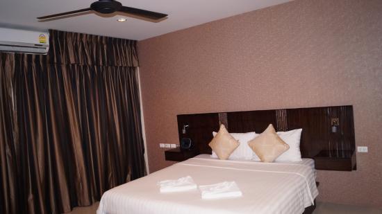 Mellow Space Boutique Rooms: Номер, большая кровать