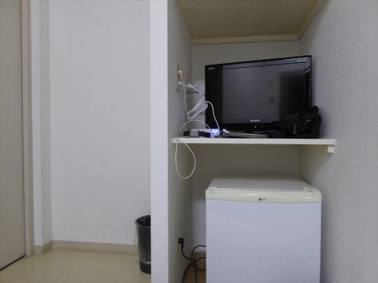 Hotel Accela: 客室・テレビ・冷蔵庫