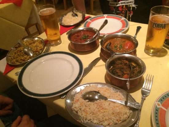 Sopna Indian Restaurant: Mains