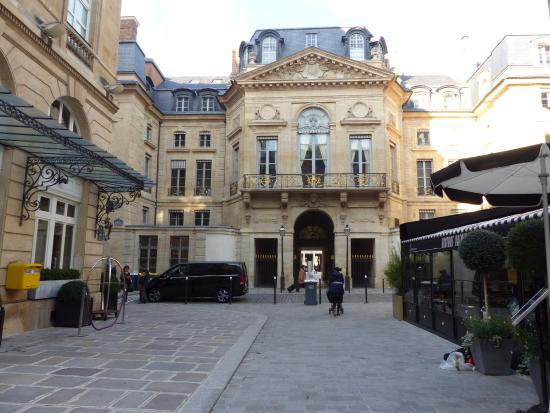 The shower in room 107 grand hotel du palais royal tripadvisor - Grand hotel palais royal ...