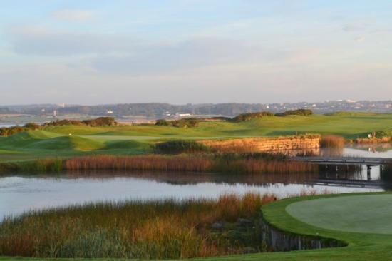 Galway Bay Golf Resort: Waterside Golf