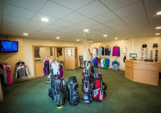 Galway Bay Golf Resort: Pro shop