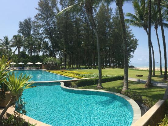 Dusit Thani Krabi Beach Resort: Swimming pool, Dust Thani Hotel, Krabi